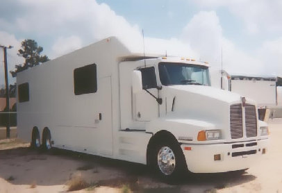 36' Kenworth MotorHome Call (800)214-6905