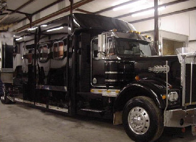 Peterbilt Custom 16' Toterhome Call (800)214-6905
