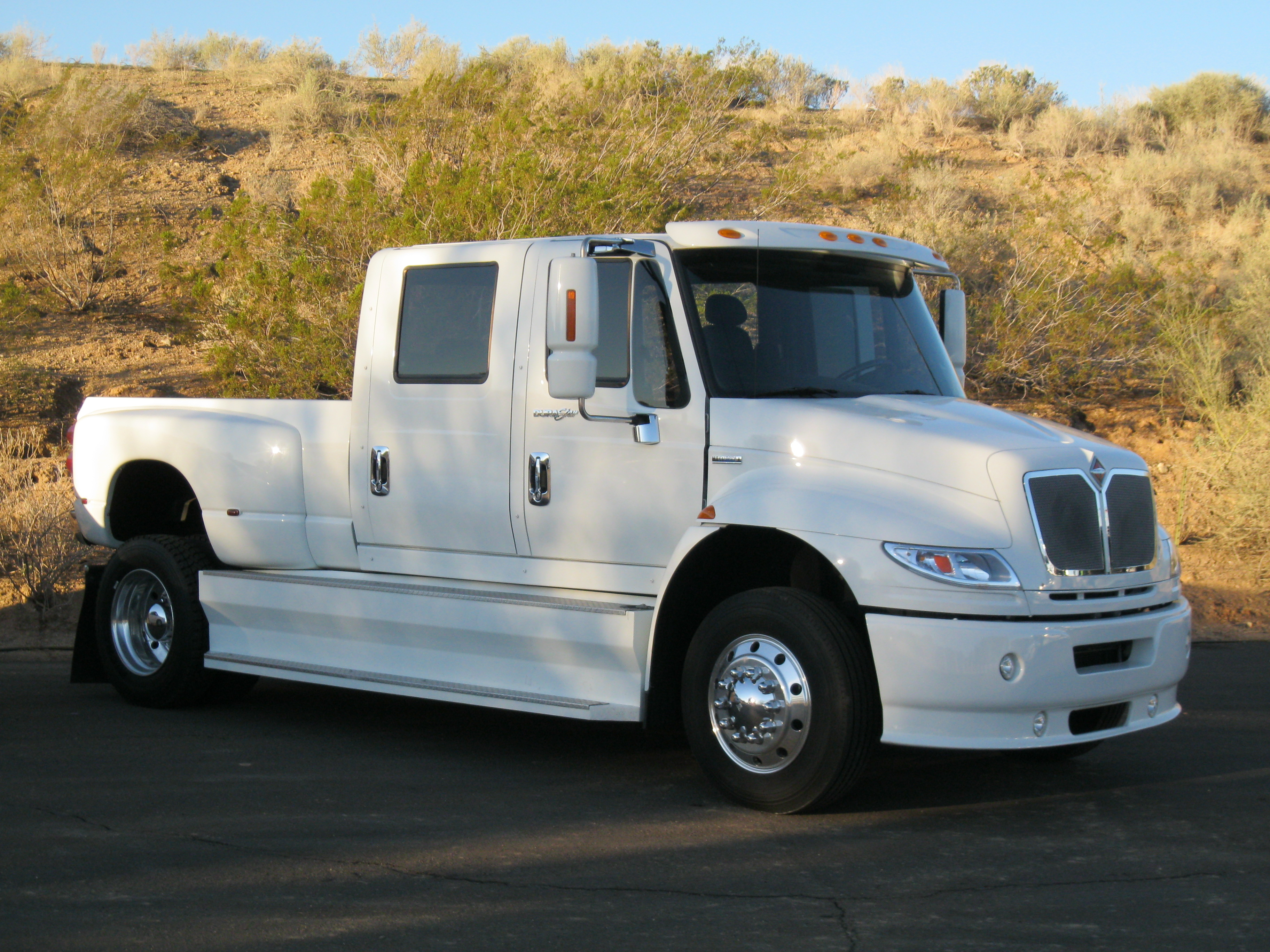 Used International Trucks >> Right Hand Drive Trucks 817 710 5209 Right Hand Drive Trucks Right