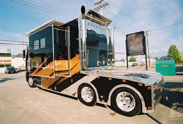 Benz Hauler! TOTER HOME CUSTOMERS CALL (800) 214-6905