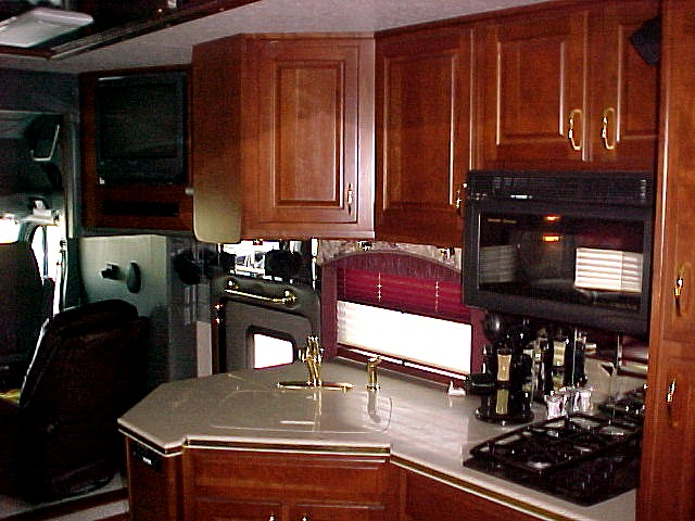 Custom Kitchens Call (800) 214-6905